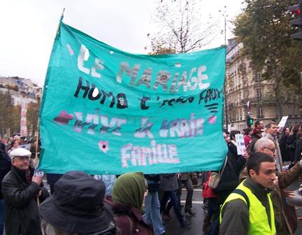 Cette banderole était aussi à La Manif Pour Tous !