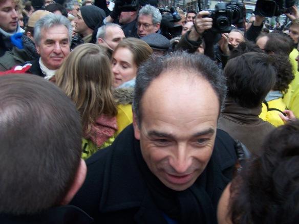 Jean-François Copé arrive à la manif du 13 janvier 2013